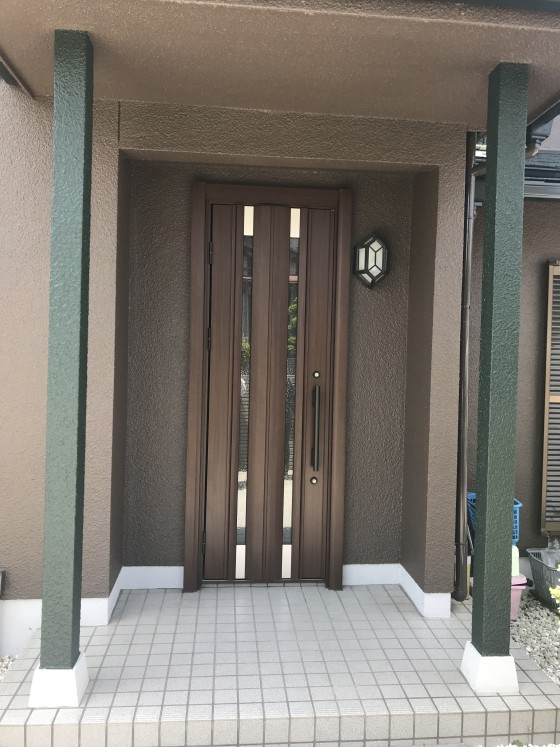 玄関ドア入替工事